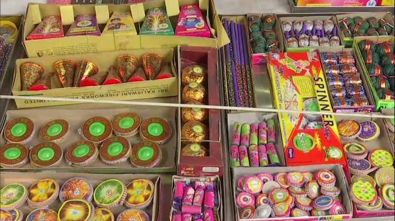 The sale and bursting of 'green crackers', as per Supreme Court guidelines, will be allowed during Deepavali, the Karnataka government said on Saturday. (Representational Image:ANI)