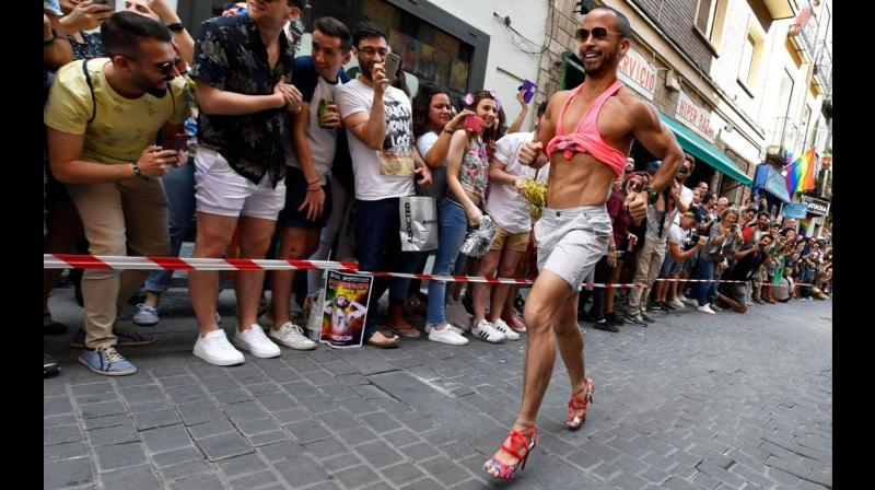 The rules state that heels must be at least 10 cm (4 inches) high, and the shoes are measured before the race. (Photo: AFP)