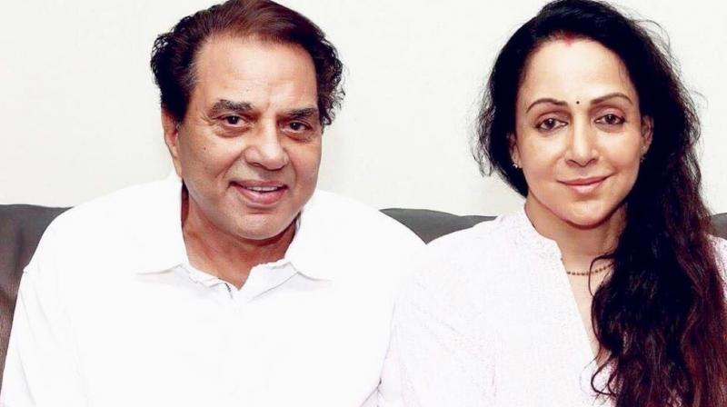 One of the pictures with Dharmendra that Hema Malini shared on Twitter.