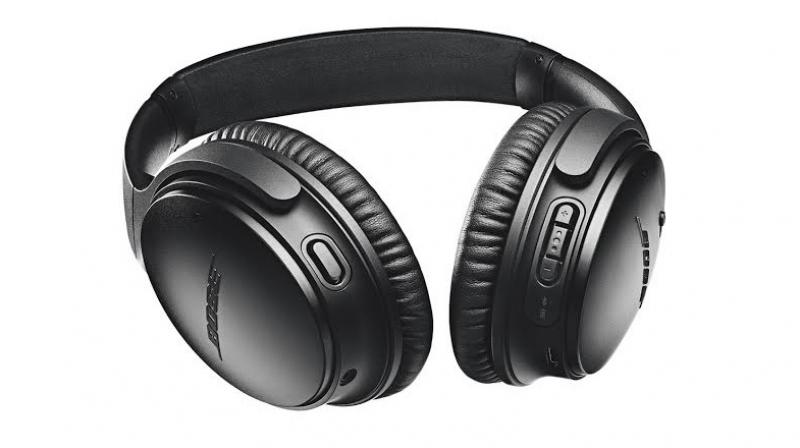 The QC35 II noise-cancelling headphones borrow all the performance and features from the original QC35 and claims to offer up to 20 hours of battery life.
