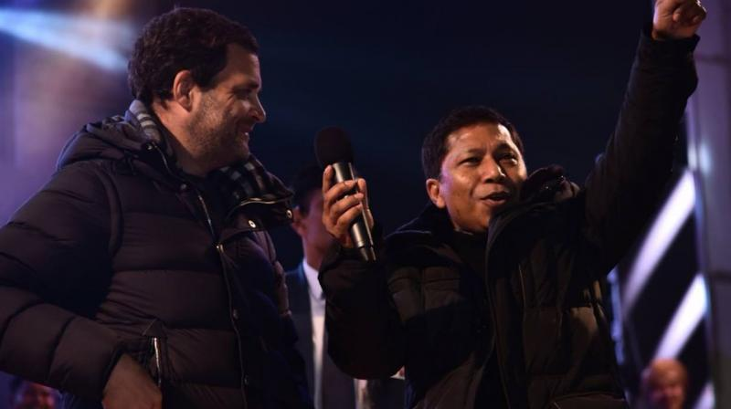 The Congress president (L) said one of the most important things to be done in the Congress is to balance the number of men and women fielded in the election. (Photo: Twitter | @INCMeghalaya)