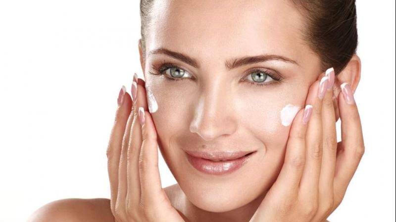 It's important to maintain healthy skin that's wrinkle free, soft, moisturized and nourished.