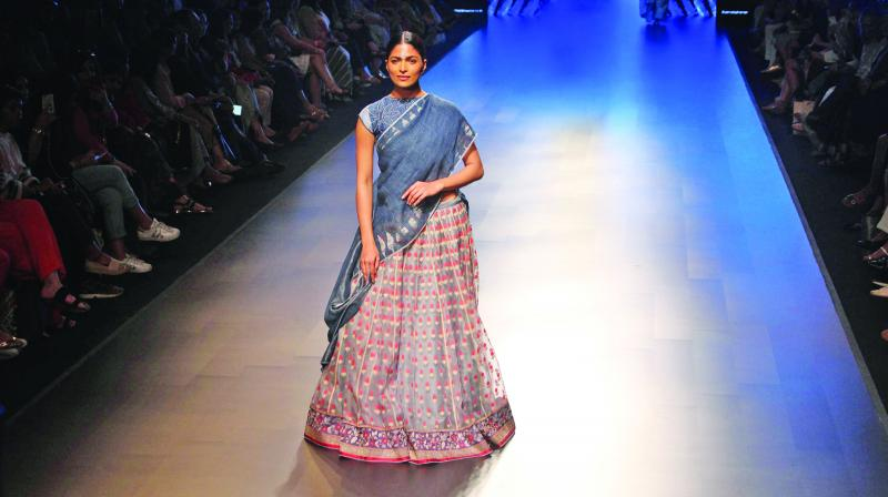 Models who walked for shows without  showstoppers at Lakme Fashion Week