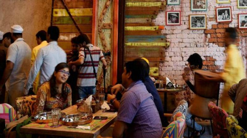 The government on Monday clarified that customers have the right to say no to the service charge if they are not happy with the dining experience.(Photo: PTI/Representational)