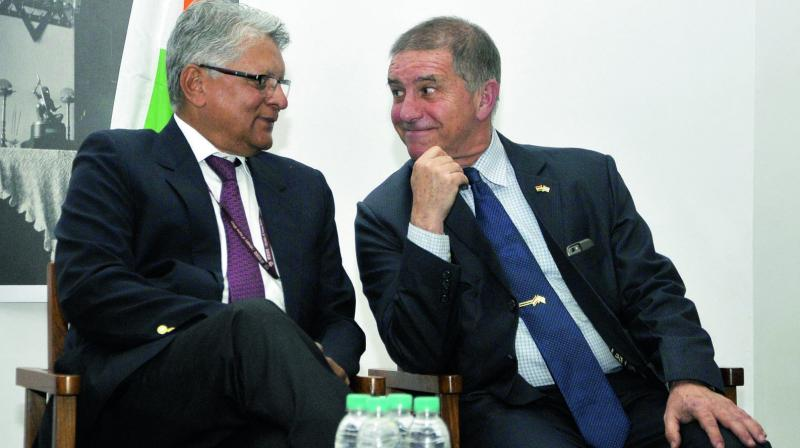 Secretary for economic relations Amar Sinha (right) with Israeli ambassador to India Daniel Carmon after unveiling a logo of 25 years of India-Israel diplomatic relations at a function in New Delhi. (Photo: Pritam Bandyopadhyay)