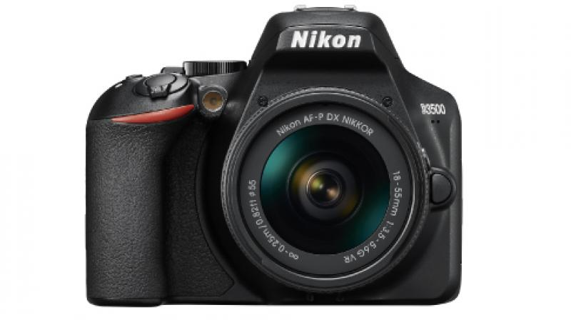 The D3500 has an effective pixel count of 24.2MP and supports a standard sensitivity range of ISO 100–25600.