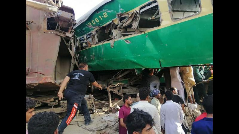 A senior railways official confirmed the toll and said, 'rescuers have pulled out all the dead and injured from the wreckage.' (Photo: AFP)