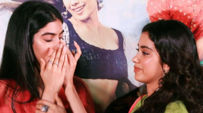 Khushi and Janhvi Kapoor at 'Dhadak' trailer launch.
