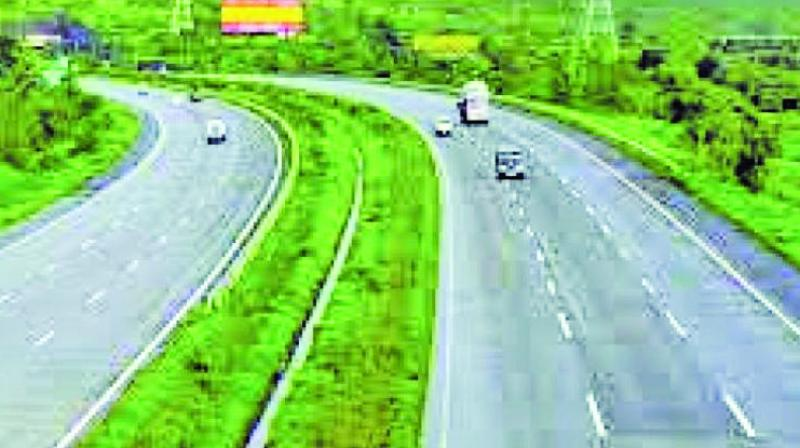 The MSRDC had constituted a committee to decide the speed limit for vehicles plying on the Mumbai-Pune expressway.