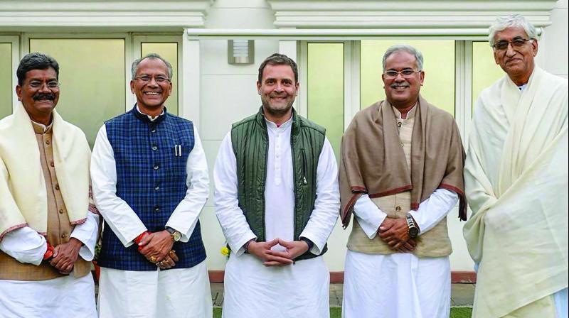 Congress president Rahul Gandhi with senior leaders of the party's Chhattisgarh unit — former Union minister Charandas Mahant, Congress OBC cell chief Tamradhwaj Sahu, party leaders Bhupesh Baghel and T.S. Singh Deo — at his residence in New Delhi. (Photo: PTI)