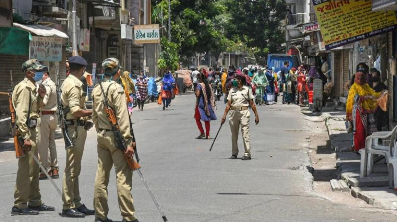 A 35-year-old police constable on lockdown duty in Maharashtra was injured after a man allegedly assaulted him. (PTI Photo)