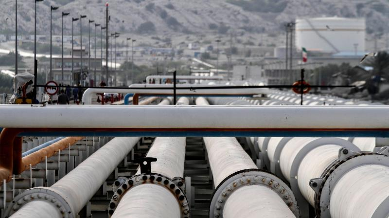 India stockpiles low-cost oil, fills 32 million tonnes of commercial storage. (AFP Photo)