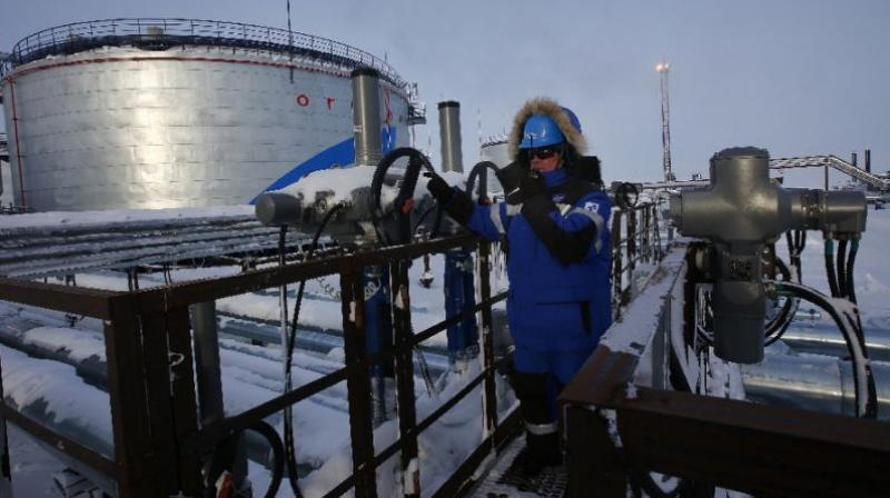 Oil prices drop amid supply glut, fears of 2nd coronavirus wave. (AFP Photo)