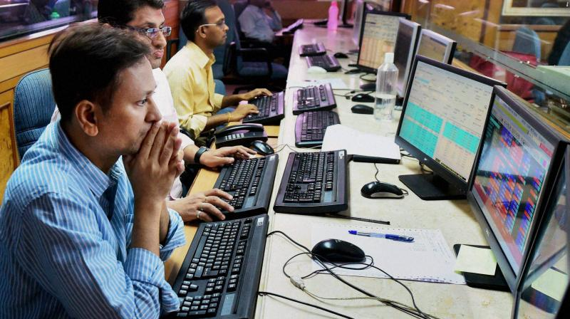 Sensex ends 25 points lower at 31,097, Nifty settles at 9,136