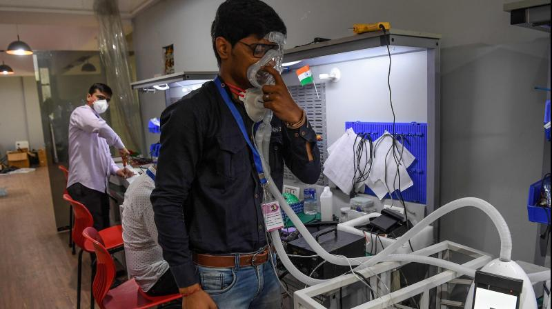 Maharashtra government asked all hospitals to use oxygen cylinders to Covid-19 patients due to shortage of ventilators. (AFP Photo)