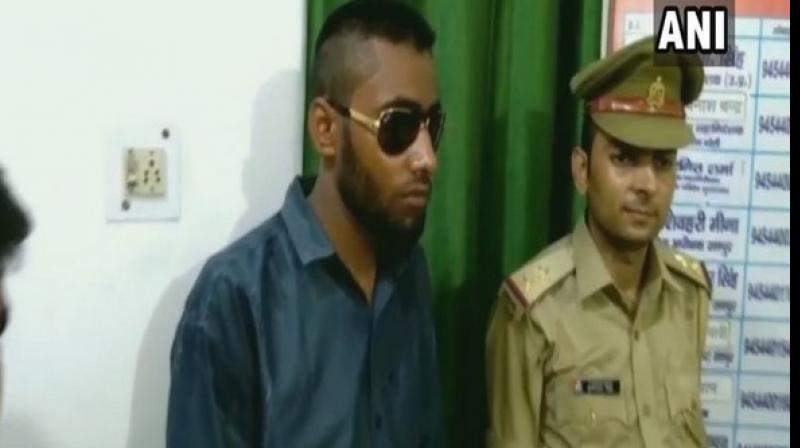 Ehtesham and Sajid Ali, who are residents of Ghaziabad, were arrested by Civil Lines Police on Tuesday. (Photo: ANI)