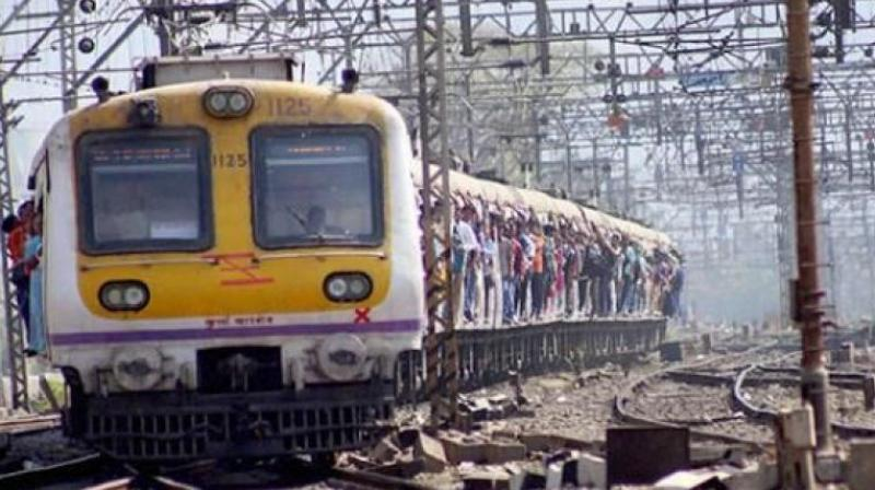 The victims were in a long-distance train coming from Kankavli in coastal Sindhudurg district. (Photo: FIle/PTI)
