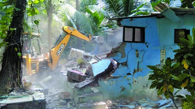 BMC removed encroachments from municipal school.