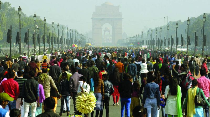 People visit India Gate on the first day of the New Year on Monday. (Photo: Pritam Bandyopadhyay)