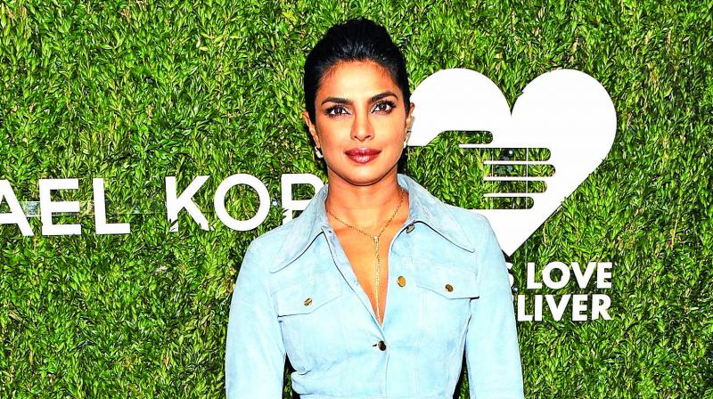 This is how Priyanka Chopra shuts down her pregnancy rumors
