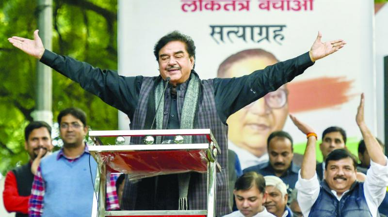 Notwithstanding his differences with BJP, Shatrughan Sinha said that he will not change his constituency in the coming Lok Sabha election. (Photo: File)