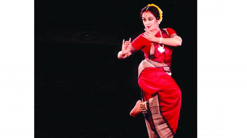 Specialised in Bharatanatyam and Odissi, the veteran dancer has practiced many dance forms such as Manipuri, Kuchipudi, and Chhau.