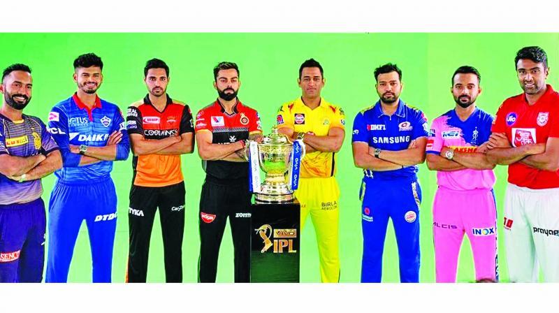 (from left) Dinesh Karthik, Shreyas Iyer, Bhuvneshwar Kumar, Virat Kohli, M.S. Dhoni, Rohit Sharma, Ajinkya Rahane and R. Ashwin pose with the IPL-12 trophy in Chennai.(Photo: Twitter)