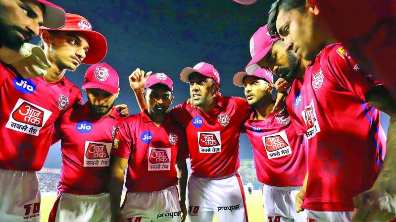 Kings XI Punjab are in a huddle. (Photo: BCCI)