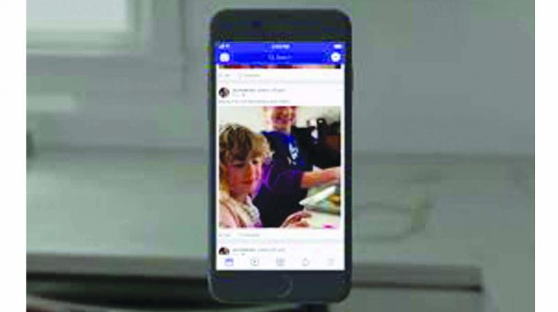 Facebook will soon add the ability to share 3D images from your desktop PC, in addition to iPhone dual-camera devices.