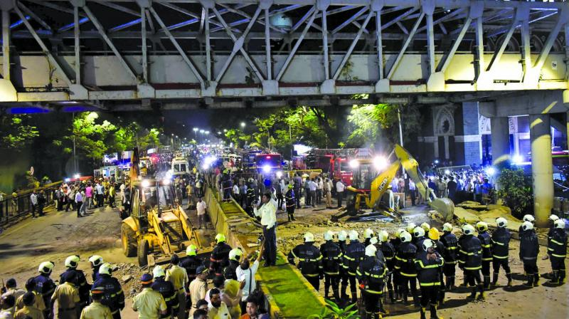 File picture of CSMT bridge collapse.