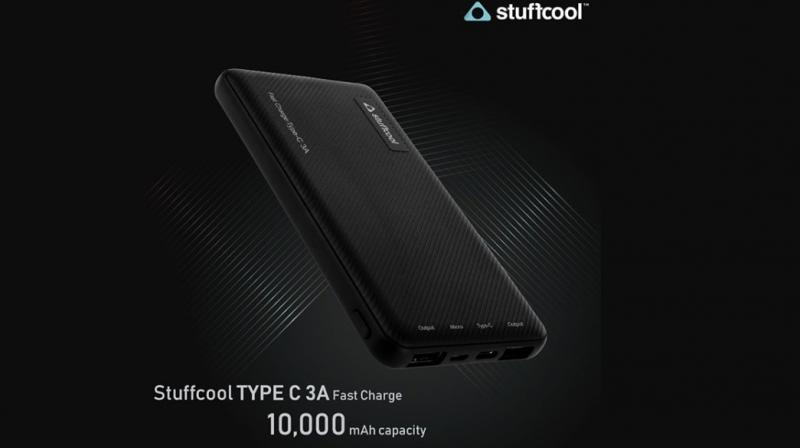 The power bank is said to be light and compact while the build is said to be premium.