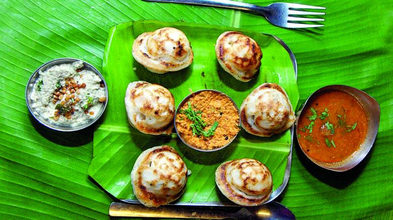 As their patrons grew wealthier and moved to the suburbs of Dadar and Matunga with their families, the cooks moved with them and expanded their stalls into restaurants.