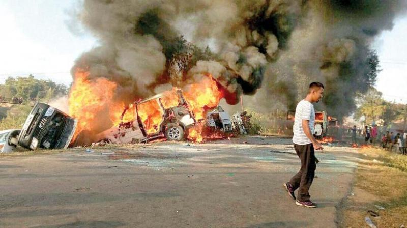 Angry protesters set vehicles on fire in Imphal East district. (Photo: File)