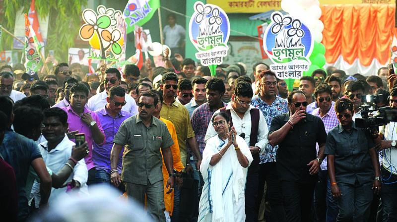 West Bengal Cheif minister Mamata Banerjee during a roadshow in Kolkata on Friday. (Photo: Abhijit Mukherjee)