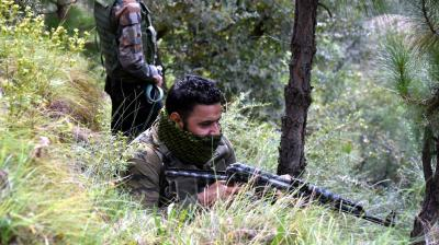 J&K: Arrested Pak terrorist killed, three security personnel injured