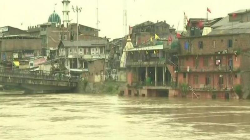 Kashmir has experienced rainfall over the past three days and the downpour intensified in many parts, including the summer capital of the state. (Photo: ANI/Twitter)