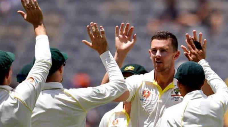 Australian fast bowler Josh Hazlewood will play in the second test of the Ashes series at Lord's, head coach Justin Langer said on Wednesday, edging out team mate Mitchell Starc as the side pick from a host of world-class pacemen. (Photo:AFP)