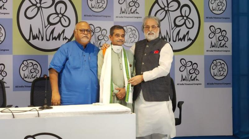 Ex-Congress MP Abhijit Mukherjee was welcomed into the party by TMC leader. (Photo: Twitter/@AITCofficial)