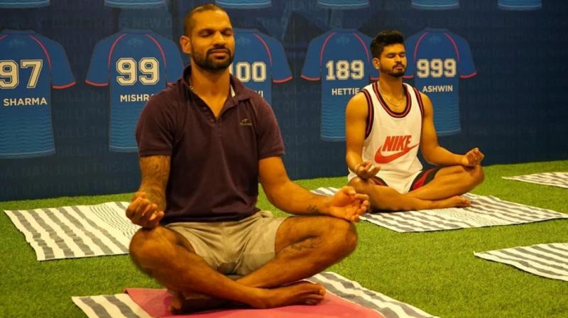 Delhi players do the concentration stuff. (Photo: Delhi Capitals)