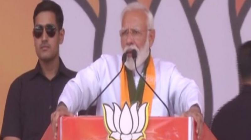 Hundreds of Sikhs were torched after throwing petrol diesel on them, burning tires were put around their necks and Congress is saying 'so what', PM Modi took a swipe at the Congress. (Photo: ANI)