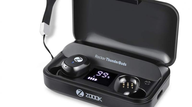 Rocker ThunderBuds TWS earphones offer a seamless Bluetooth connection supporting ultra-clear sound quality.