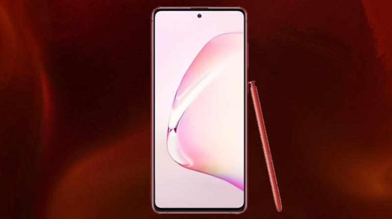 The Samsung Galaxy Note 10 Lite is a hark back to Galaxy Note devices of yesteryear and this is because of the flat display found here.