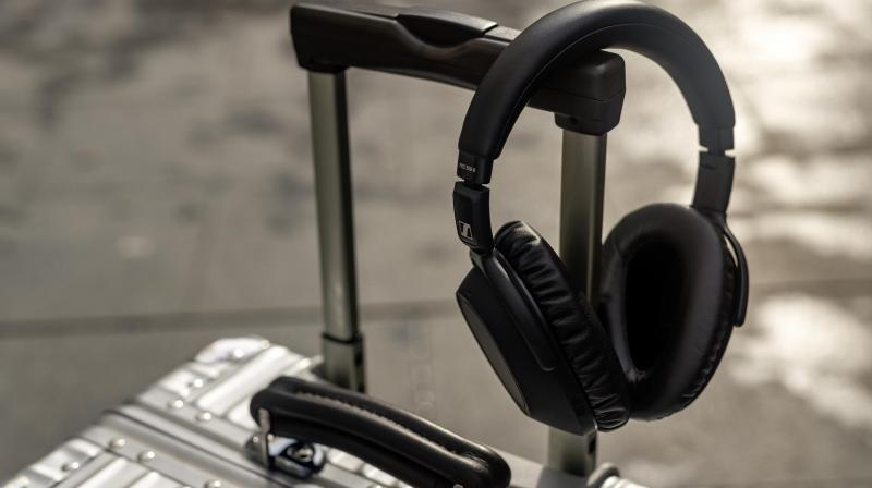 The PXC 550-II is even more sophisticated and has adaptive noise cancellation for all environments because of its new Anti-Wind ANC setting.