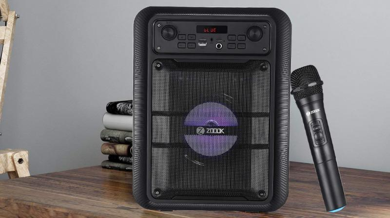 With ZOOOK Thunder Pro Bluetooth party speaker, users can enjoy uninterrupted music, on complete charging.