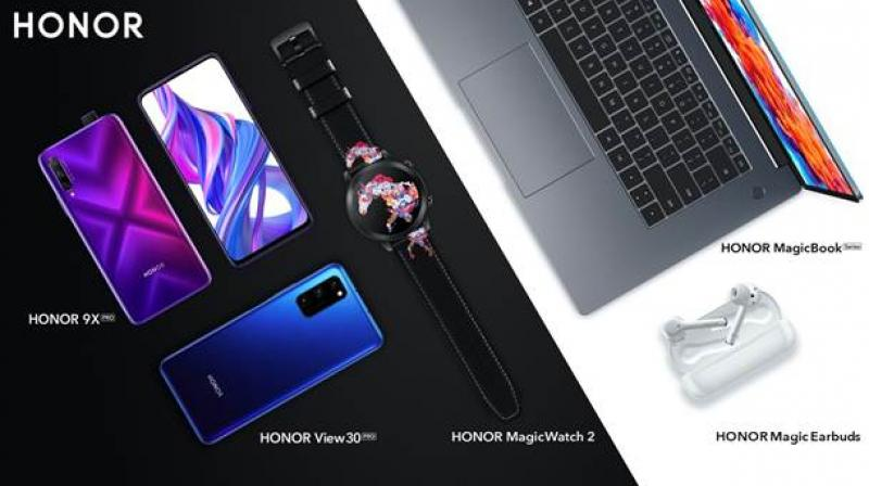 HONOR showcases an intelligent and integrated ecosystem comprising the HONOR 9X Pro, the HONOR View 30 Pro, both with the Huawei AppGallery.