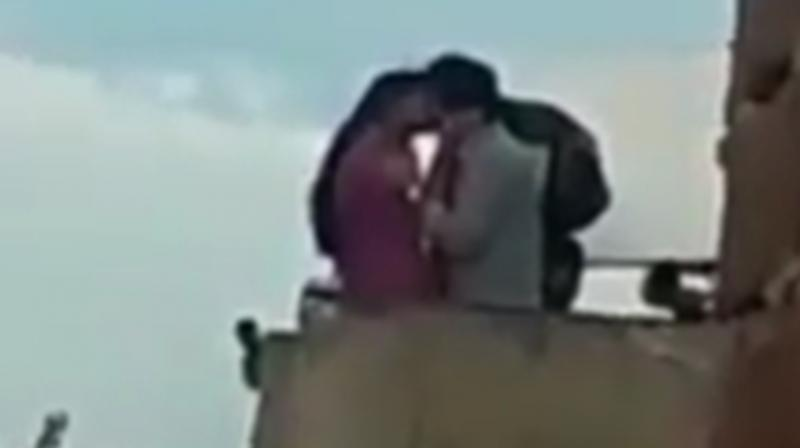 A screengrab of Deepika Padukone and Vikrant Massey's viral kissing video from the sets of Chhapaak. (Photo: Instagram/deepikapadukonepic)