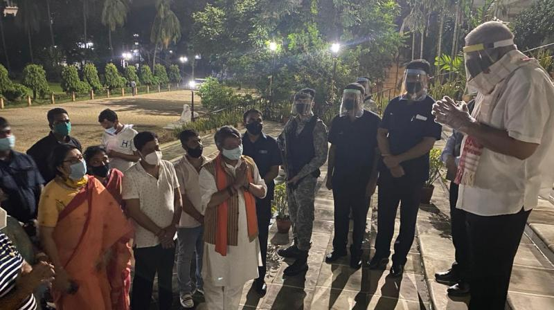 BJP leaders meet the governor at the Raj Bhavan. (Twitter)