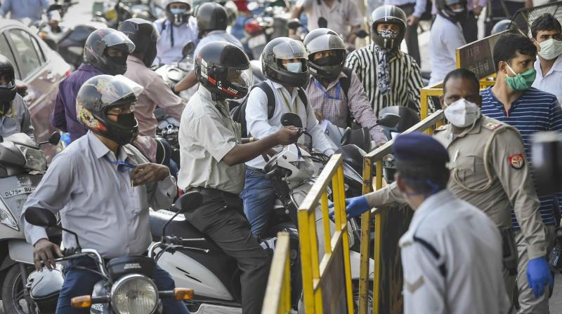 Motorists have descended onto the Delhi streets amid surge in cases. (PTI)