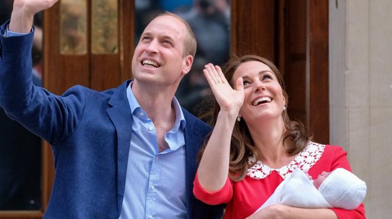 Wearing a red dress with a white collar, Middleton looked in good health after giving birth. (Photo: Twitter/KensingtonPalace)