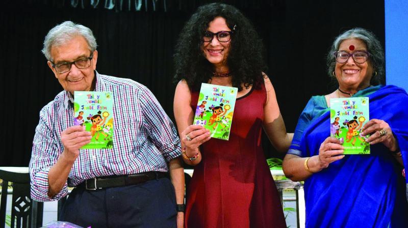 Nandana Sen with father Nobel Laureate and Bharat Ratna economist Amartya Sen and mother writer Nabanita deb Sen during the launch of her book at La Martinere Girls School. (Photo: Abhijit Mukherjee)